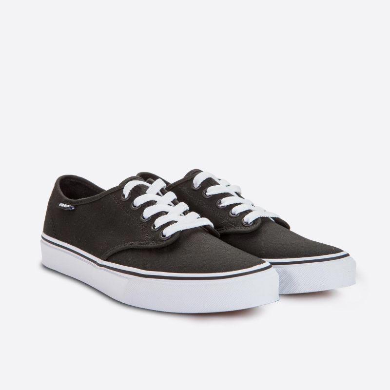 Dámské plátěné tenisky Vans Camden Stripe Canvas Black and White c23eafb65f0